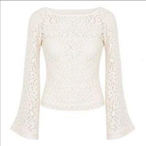 Elizabeth & James bell sleeves lace top S